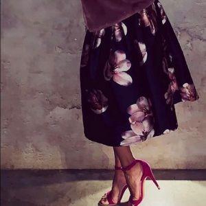 Chicwish A Line skirt XS